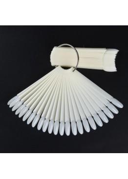 Палитра для лака на кольце матовая овальная (50 лепестков)